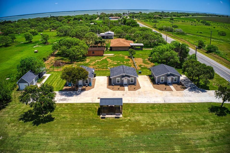 920 E Fm 628 #b Property Photo 1