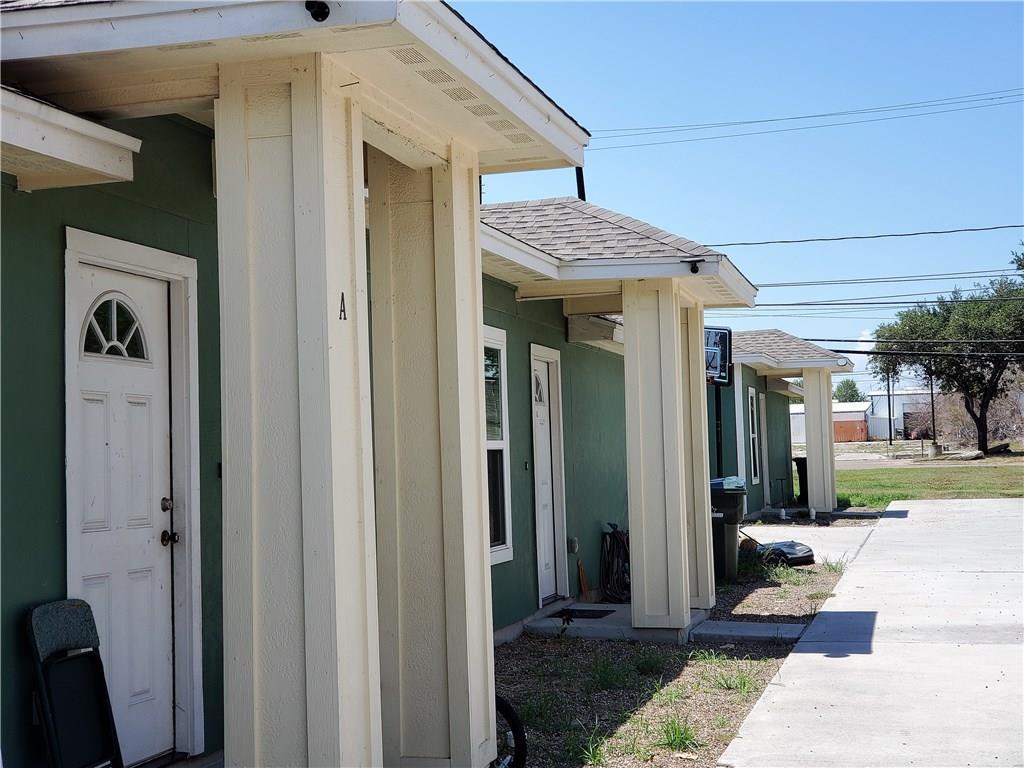 213 Mcintyre Ave Property Photo 1