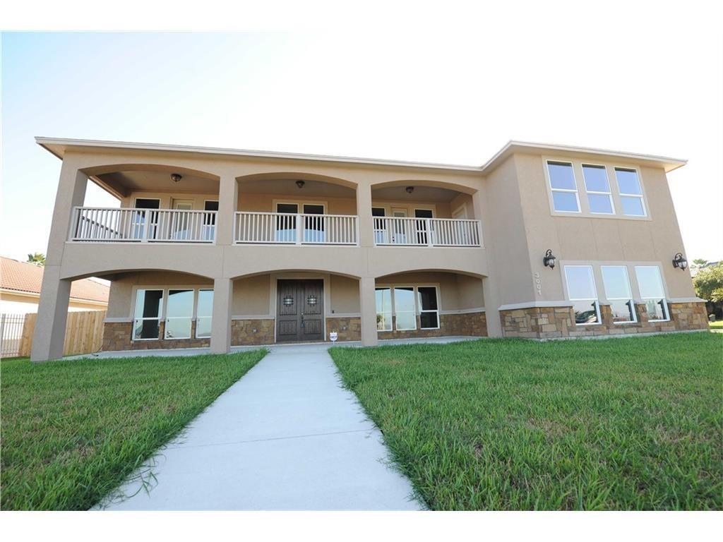 3001 Ocean Drive Property Photo 1