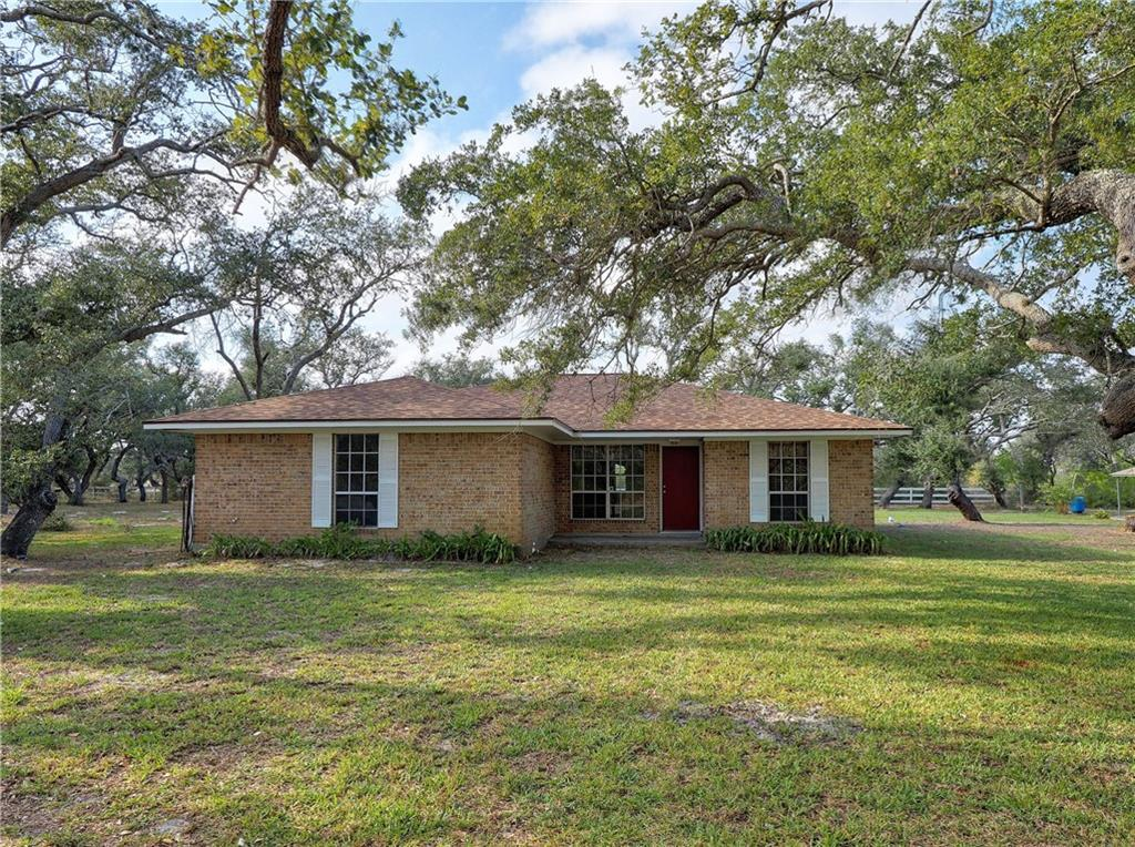 1620 N Mccampbell Property Photo 1