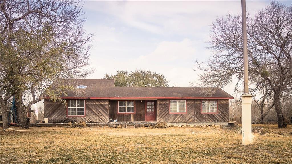 554 E County Road 2290 Property Photo 1