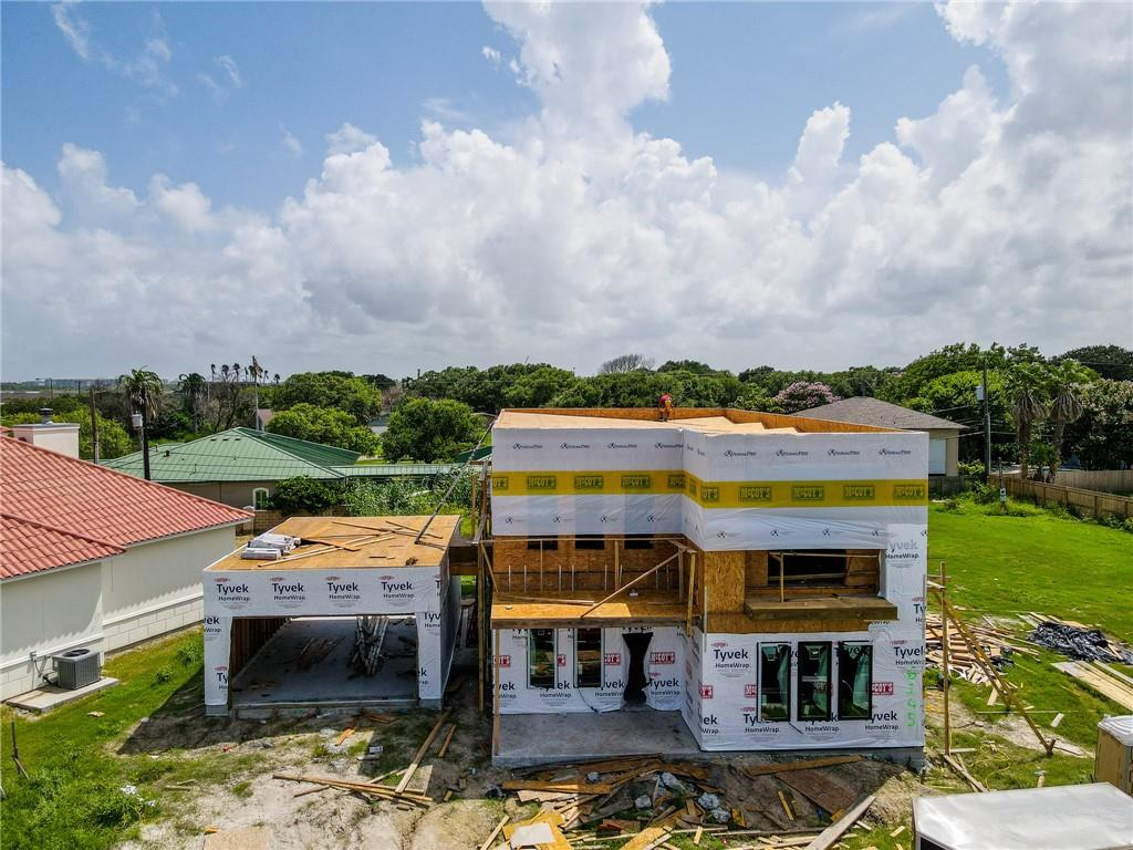 6145 Ocean Drive Property Photo 1