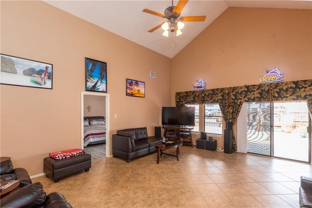 15318 Bounty Ave Property Photo 3