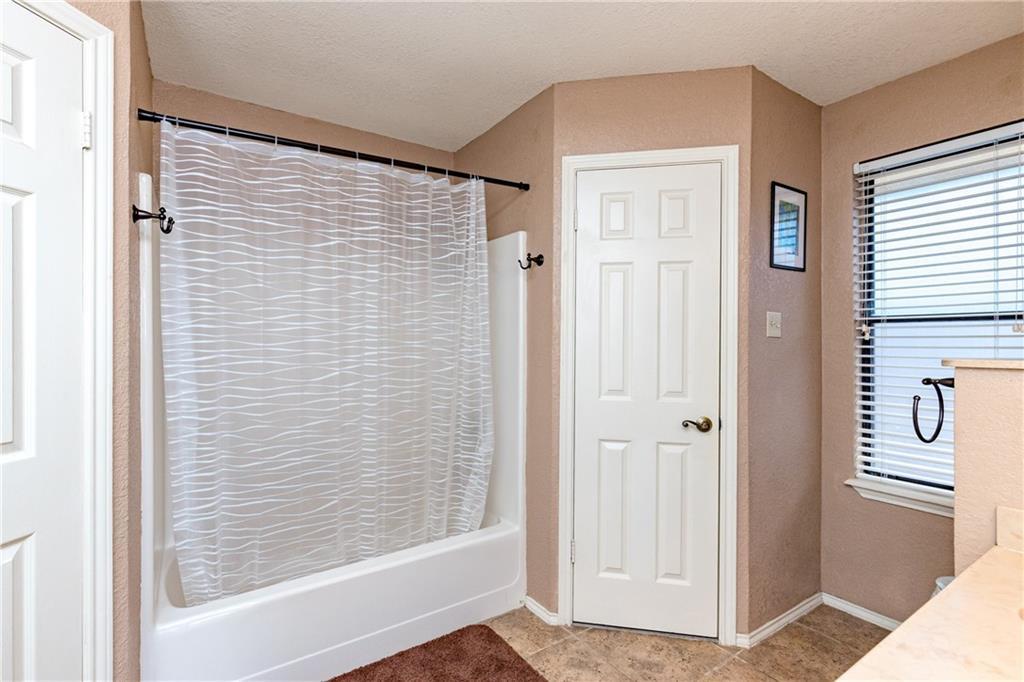 15318 Bounty Ave Property Photo 25