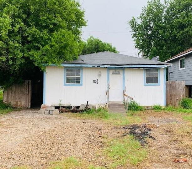 228 Sunset Drive Property Photo 1