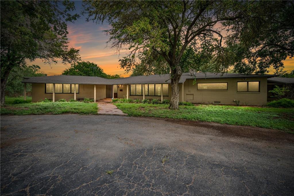 815 Alexander Ave Property Photo 1
