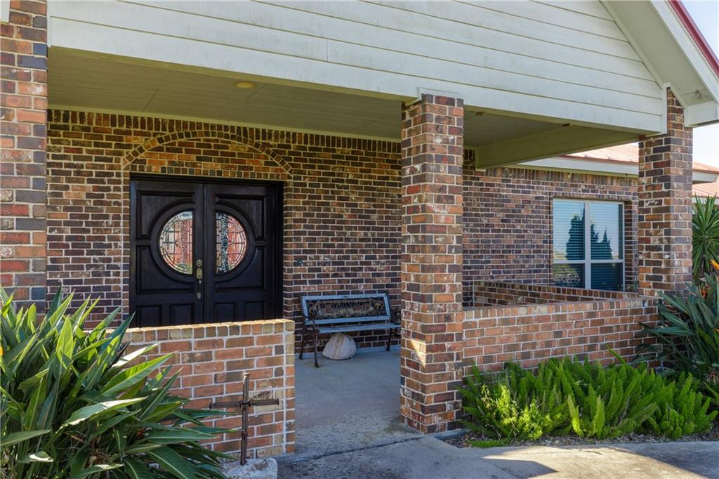 2974 County Road 3463 Property Photo 3