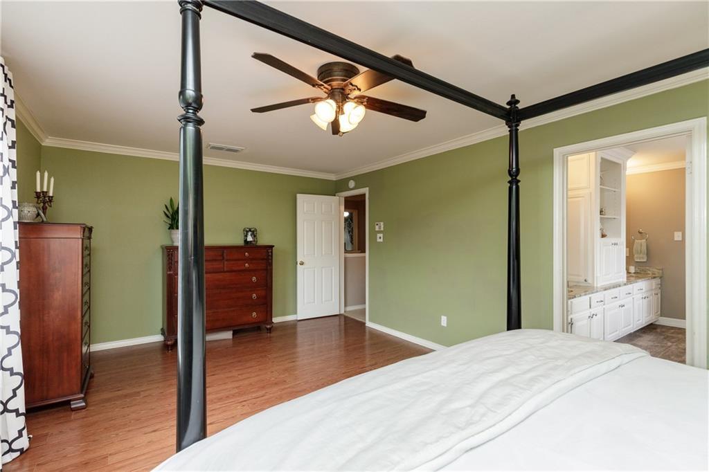 5138 Queens Ct Property Photo 16