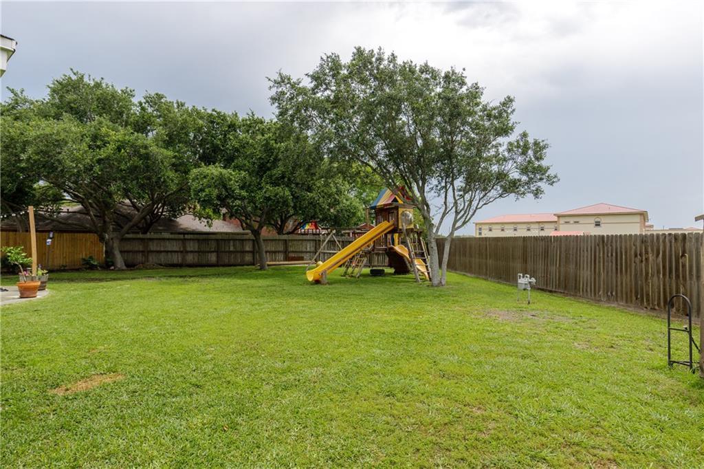 5138 Queens Ct Property Photo 39