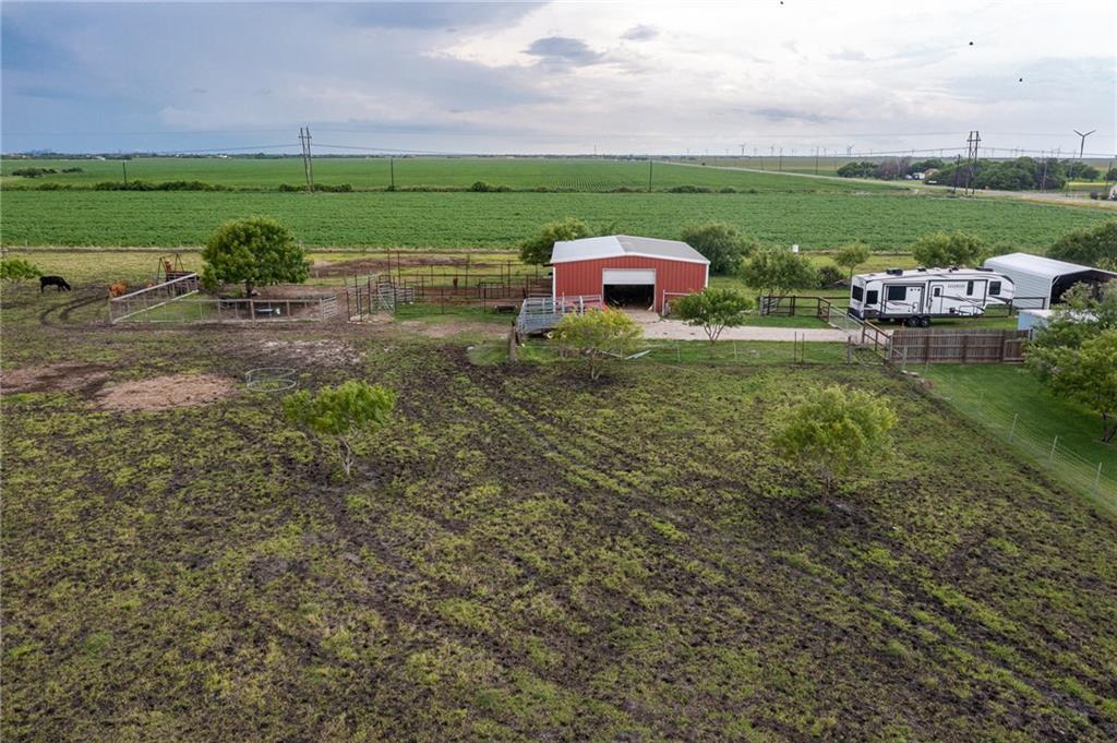8861 & 8873 Fm 893 Property Photo 39