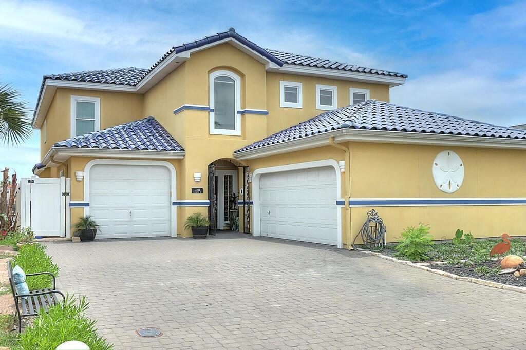 13945 Dasmarinas Drive Property Photo 1