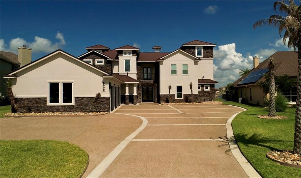 5909 Lago Vista Drive Property Photo 1