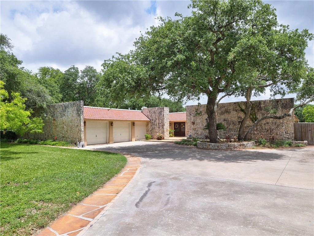 620 Johnson Avenue Property Photo 1