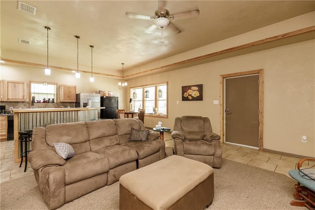 102 Third St Property Photo 9