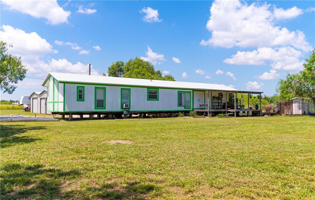 1180 E County Road 2360 Property Photo 2