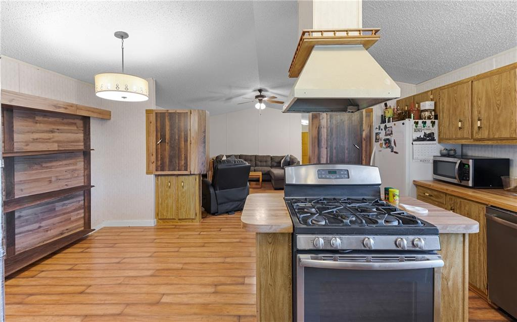 1180 E County Road 2360 Property Photo 8