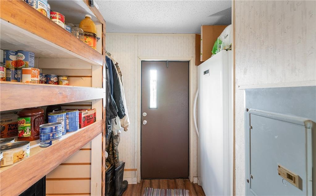 1180 E County Road 2360 Property Photo 17