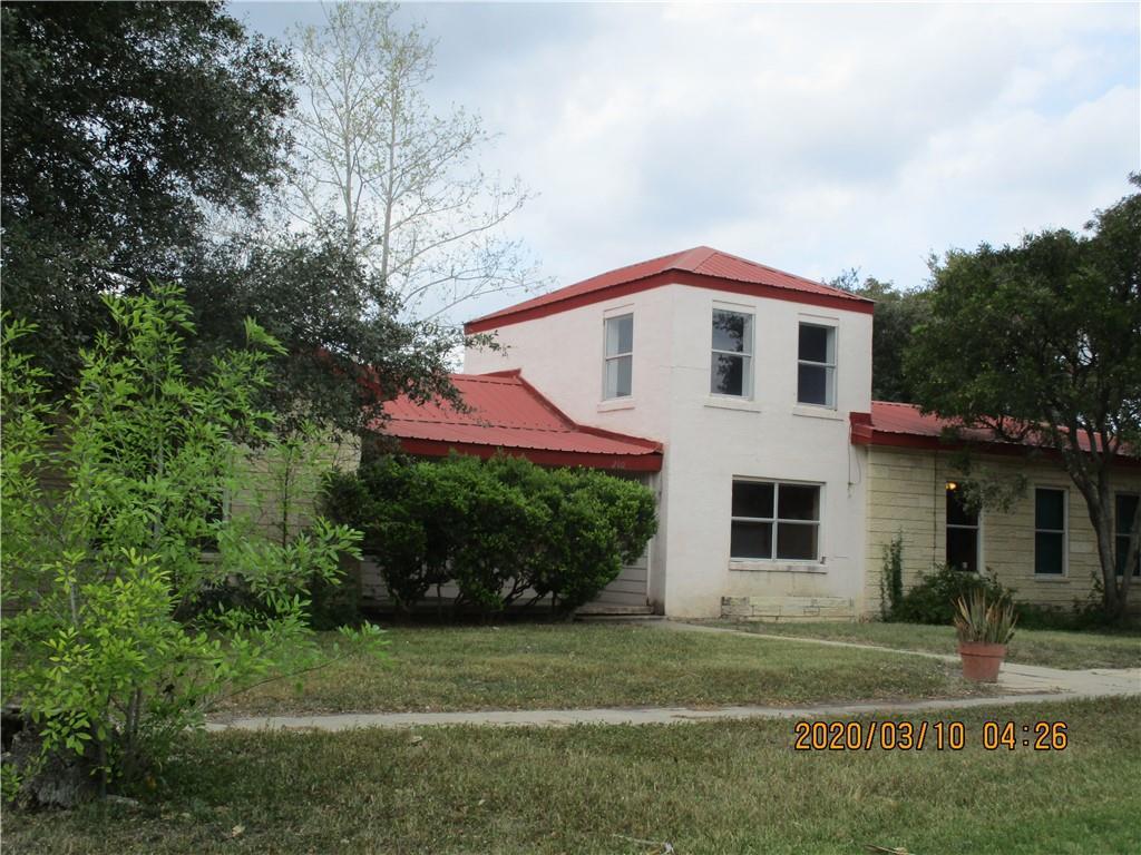 210 S Hagh Property Photo 1