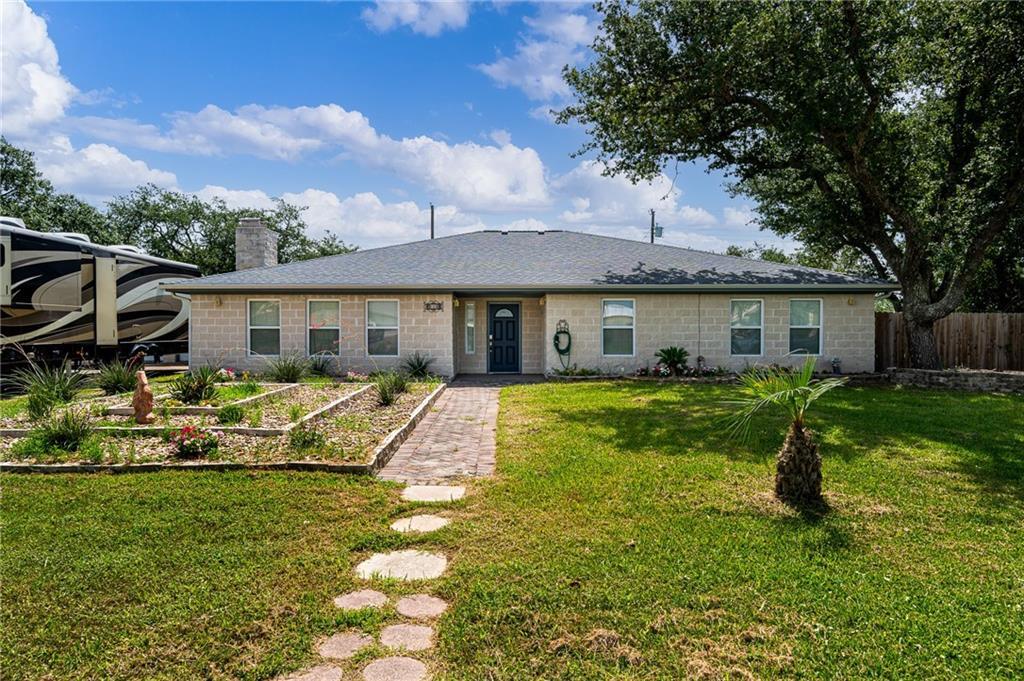 936 Oak Avenue Property Photo 1