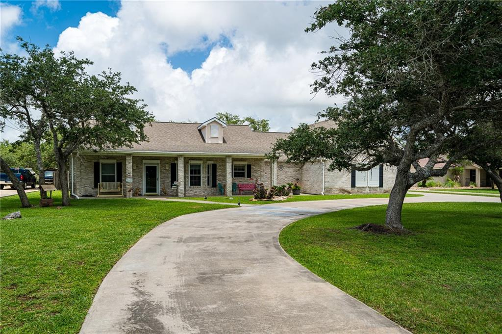 1640 W Deberry Avenue Property Photo 1