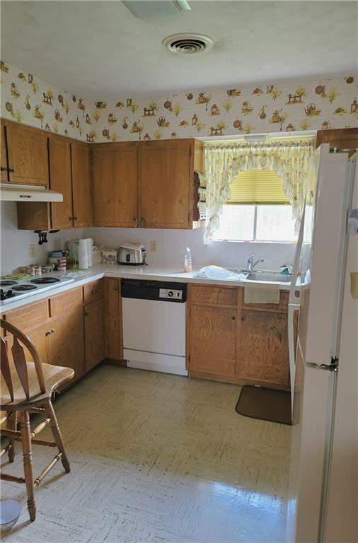 603 E 11th St Property Photo 4