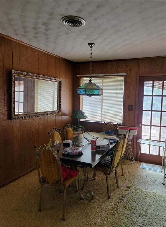 603 E 11th St Property Photo 5