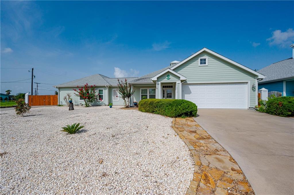 2713 Lakeview Drive Property Photo 1