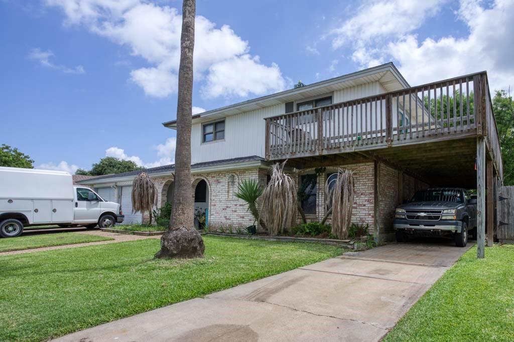 119 Sabine Drive Property Photo 1