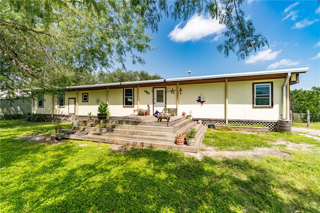 111 County Rd 346 Property Photo 1