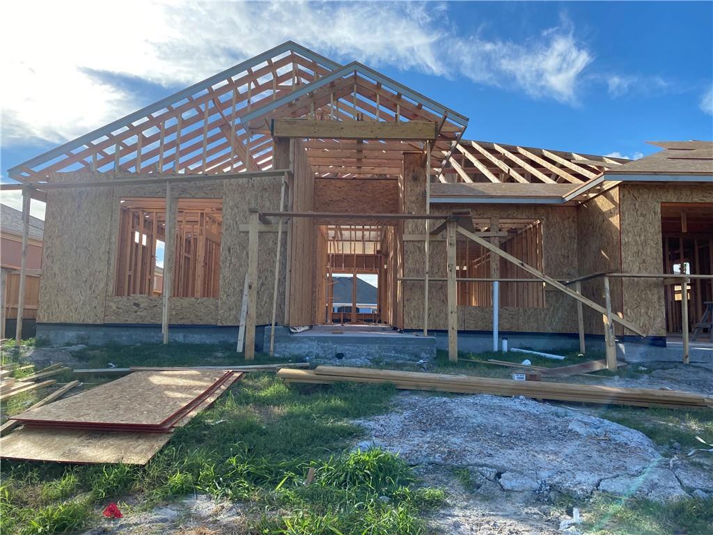 714 S Bay St Property Photo 1
