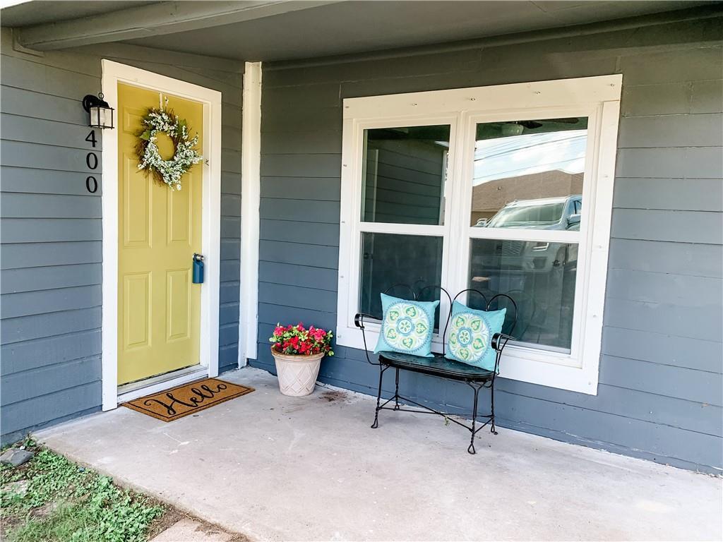 400 E Willis St Property Photo 1