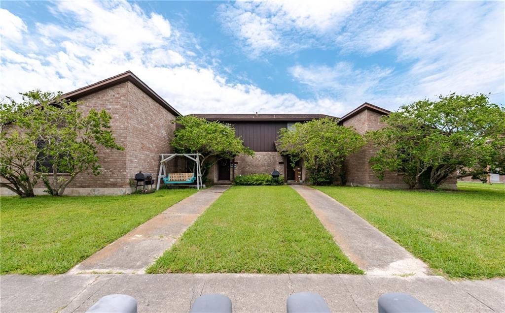 4317 Acushnet Dr Property Photo 1