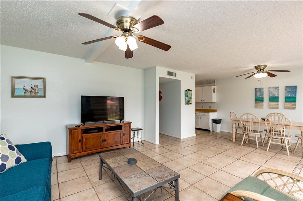 15005 Windward Dr 121 Property Photo 3