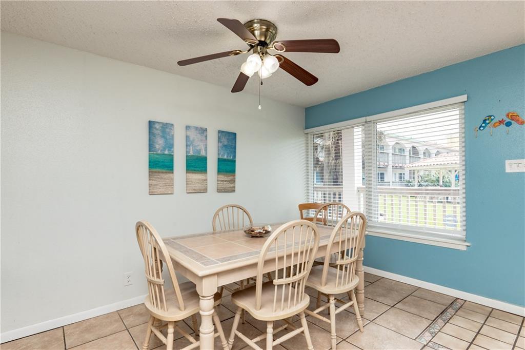 15005 Windward Dr 121 Property Photo 8