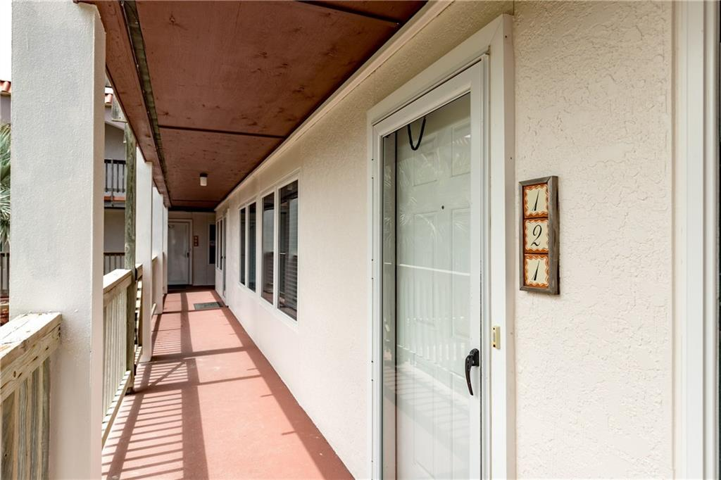 15005 Windward Dr 121 Property Photo 17