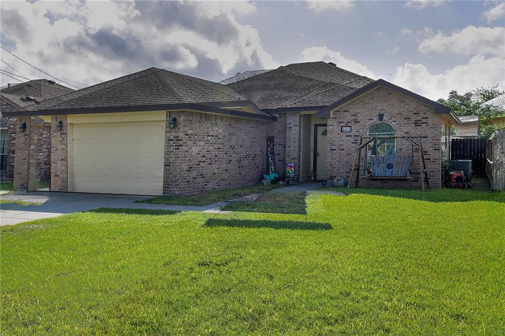 102 Moss Ave Property Photo 1