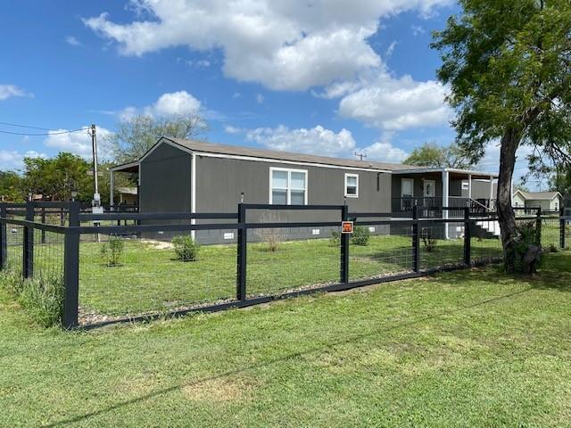 306 Hwy 359 Property Photo 1