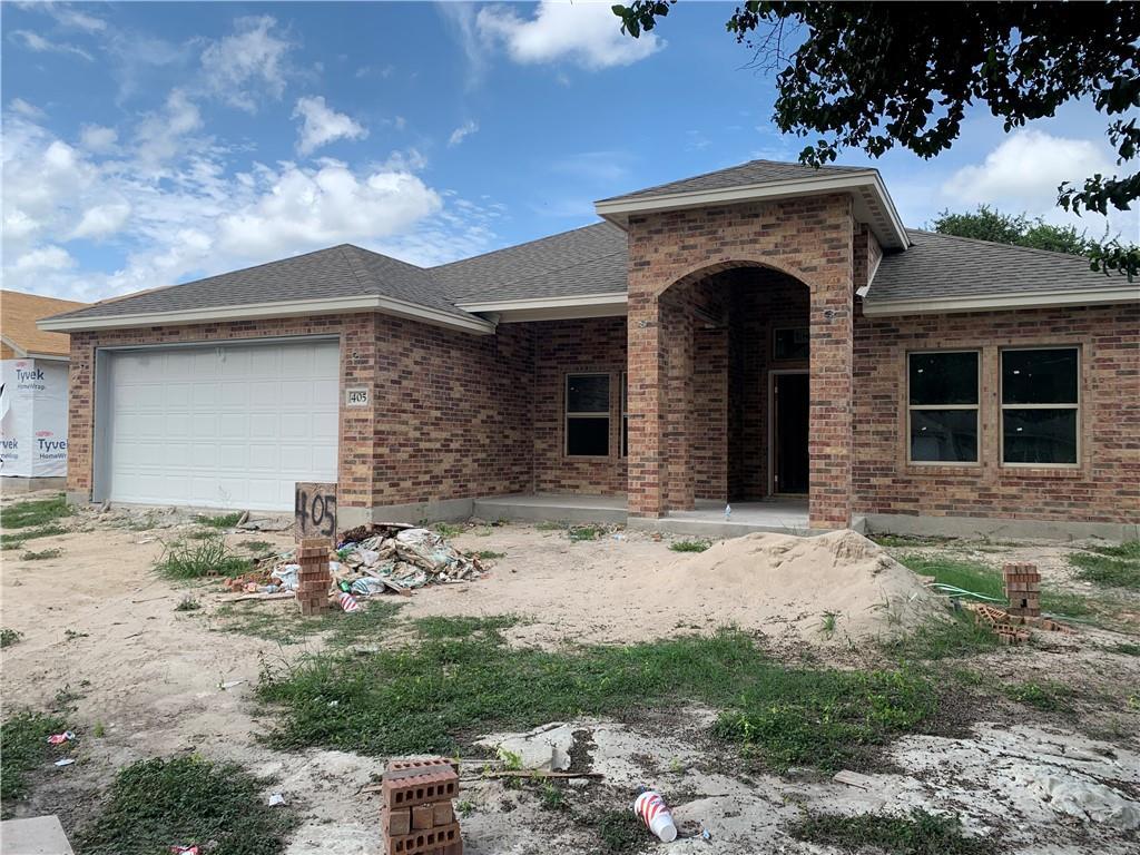 405 Main Property Photo 1
