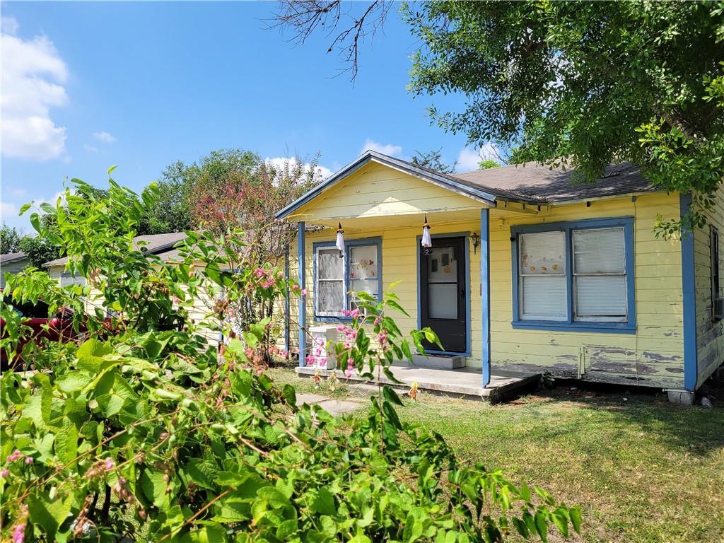500 Avenue D Property Photo 1