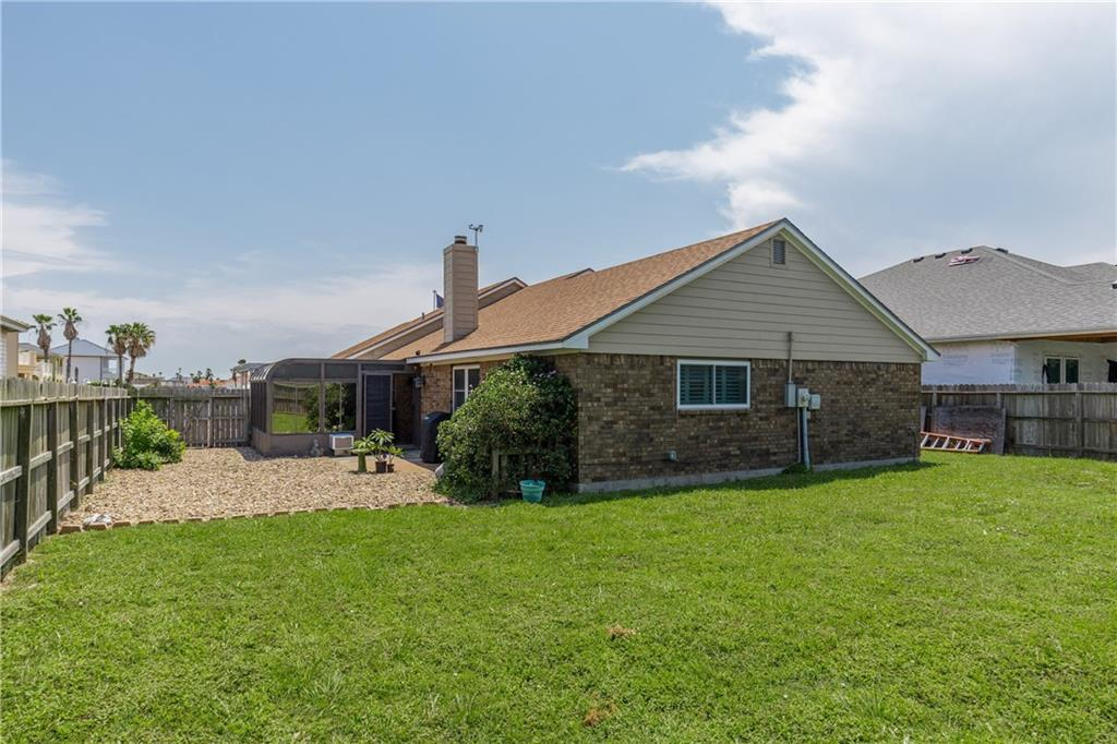 13918 Eaglesnest Bay Dr Property Photo 35