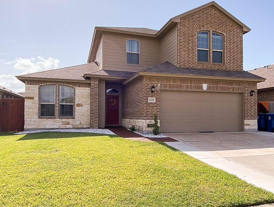 1035 Santa Catalina Property Photo 1
