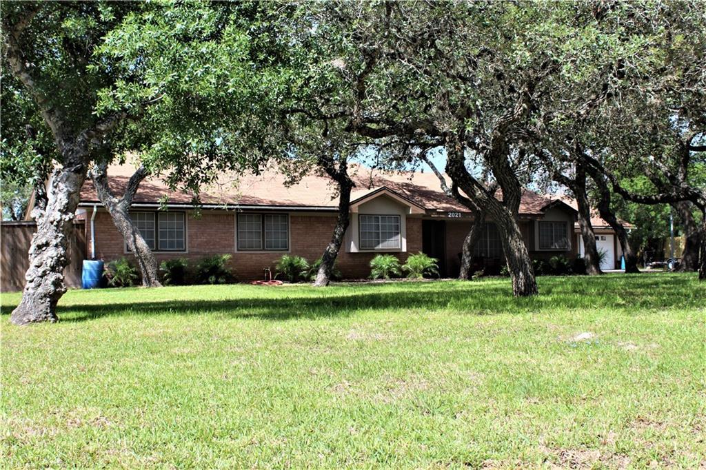 2021 Buckeye Dr Property Photo 1