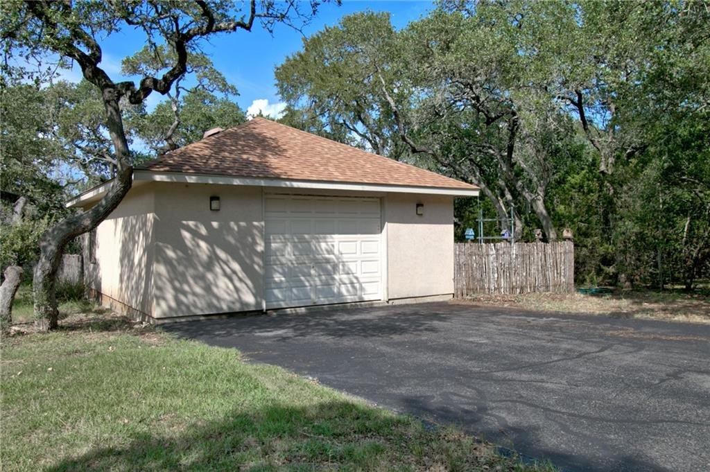 1205 Grand Oaks Dr Property Photo 28