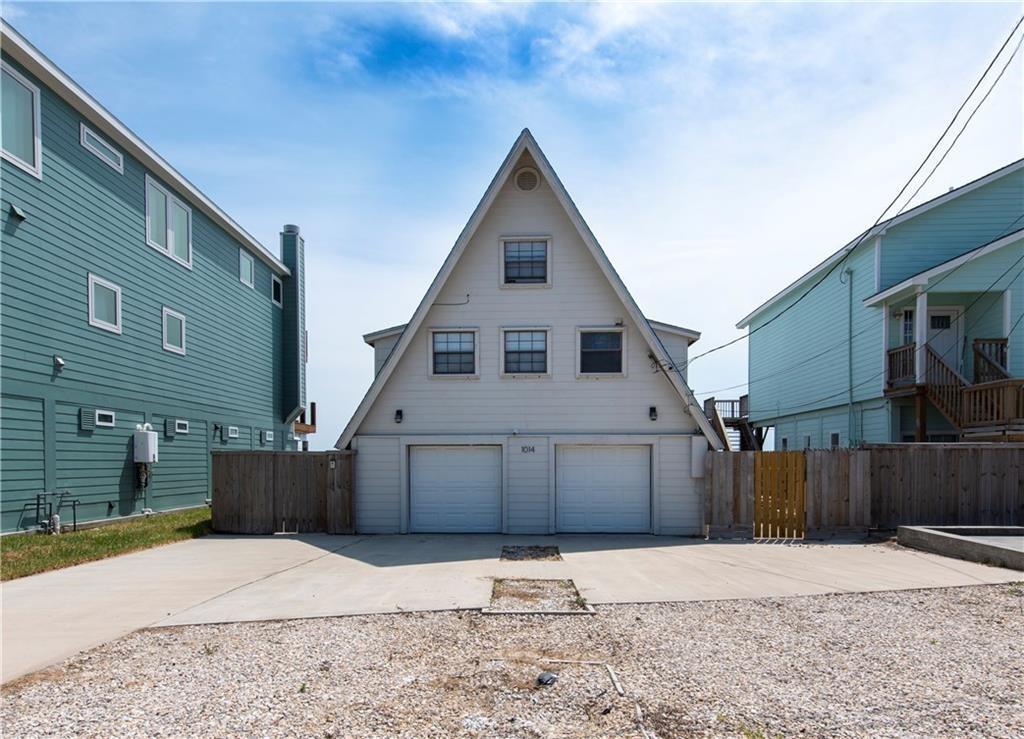 1014 Bayshore Dr Property Photo 1