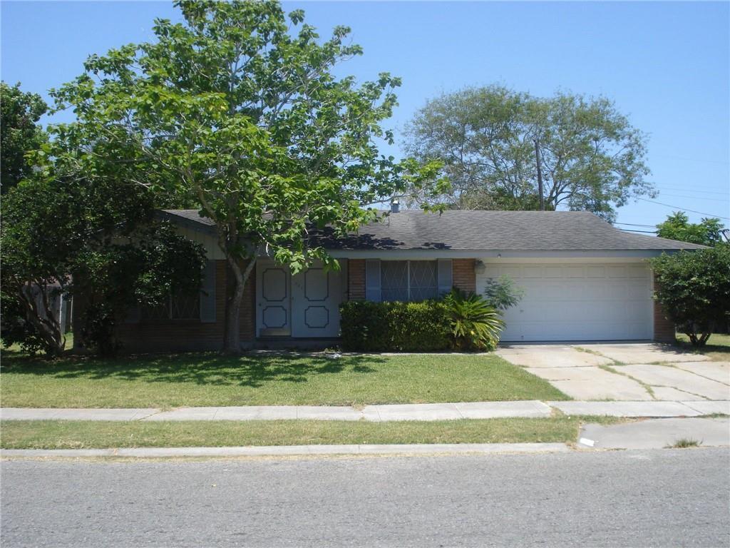 921 Bradshaw Dr Property Photo 1