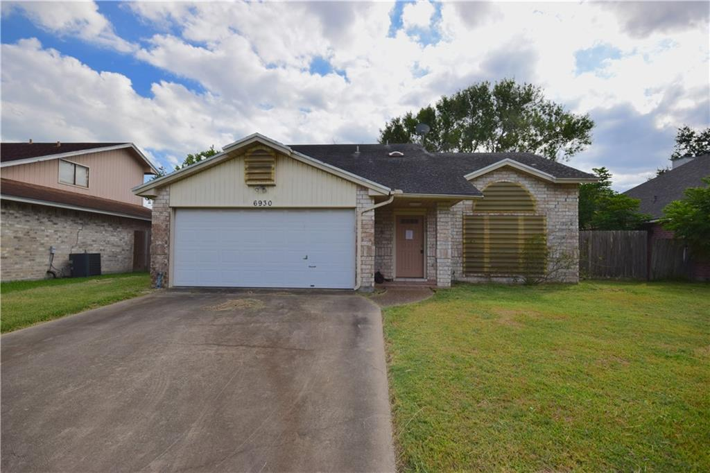 6930 Dundee Dr Property Photo 1