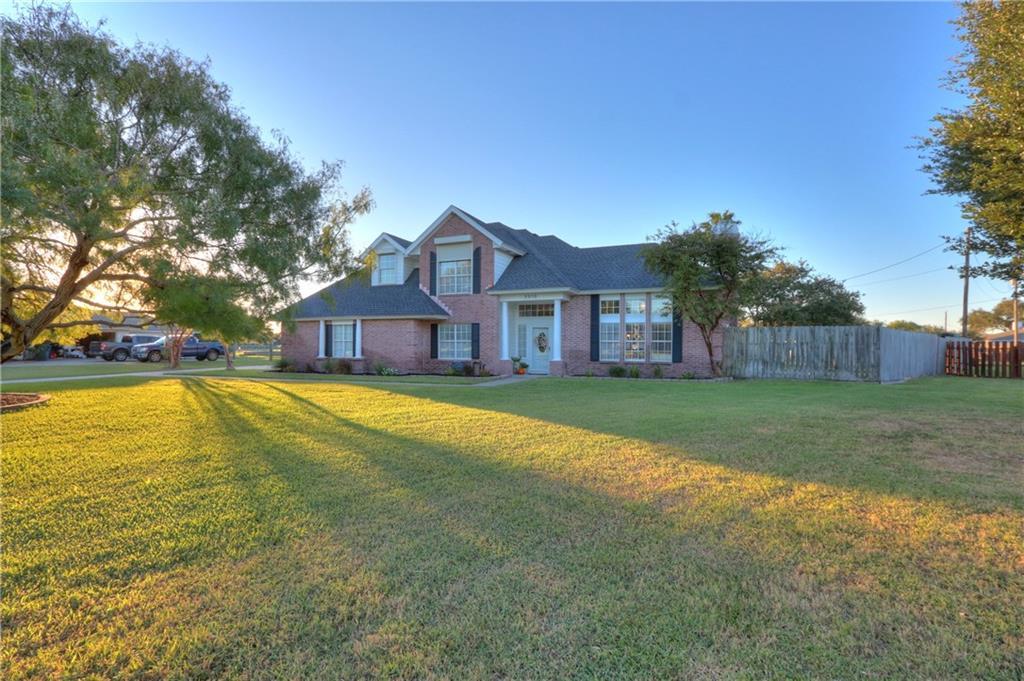 3510 Black Oak Dr Property Photo 1