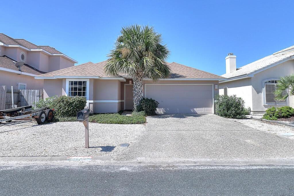 15313 Bowsprit Ct Property Photo 1