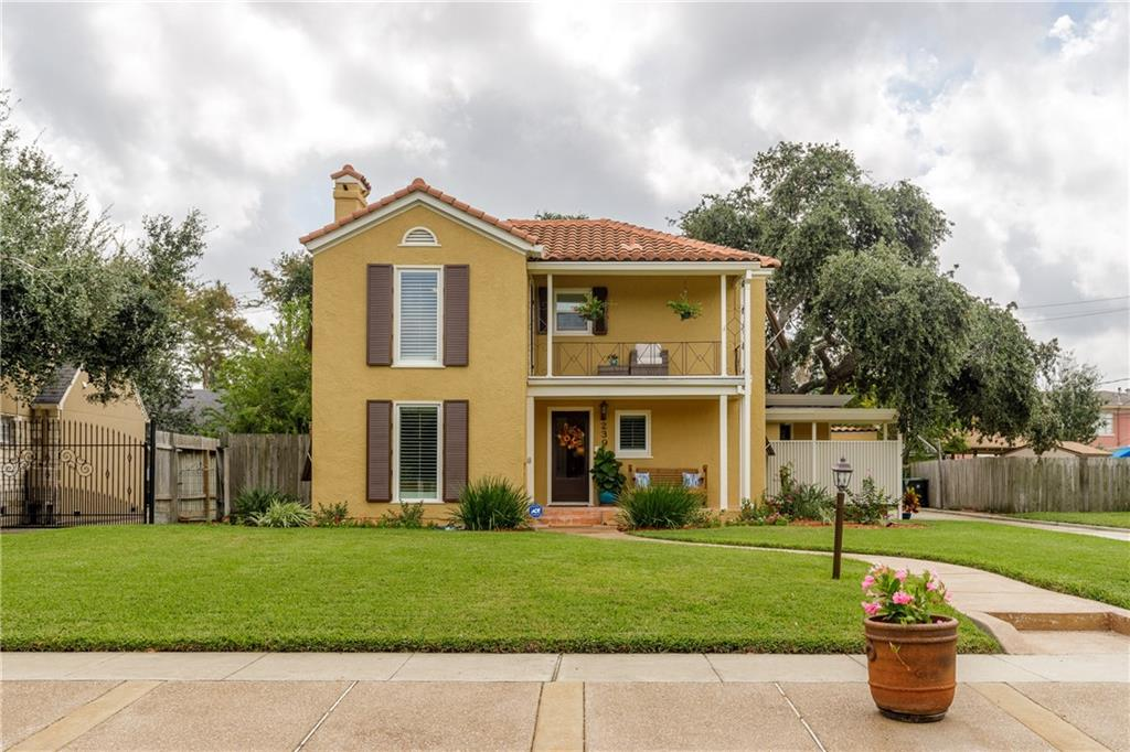 239 Indiana Ave Property Photo 1