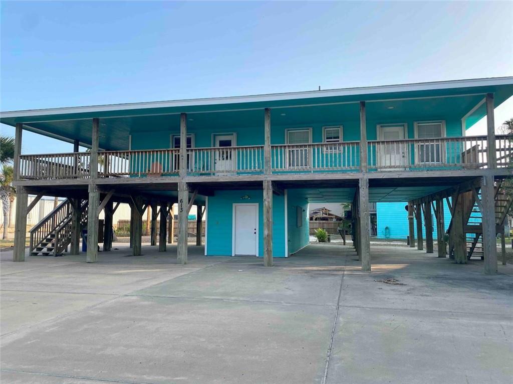 613 Pelican Circ Property Photo 1